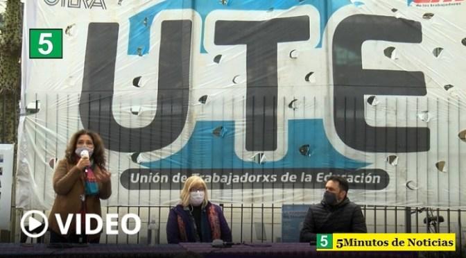 """Docentes porteños realizan una semana de protestas contra Larreta por la """"presencialidad plena"""" en las escuelas"""