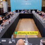 Kicillof se reunió con intendentes de la segunda, cuarta, quinta, sexta y séptima sección electoral