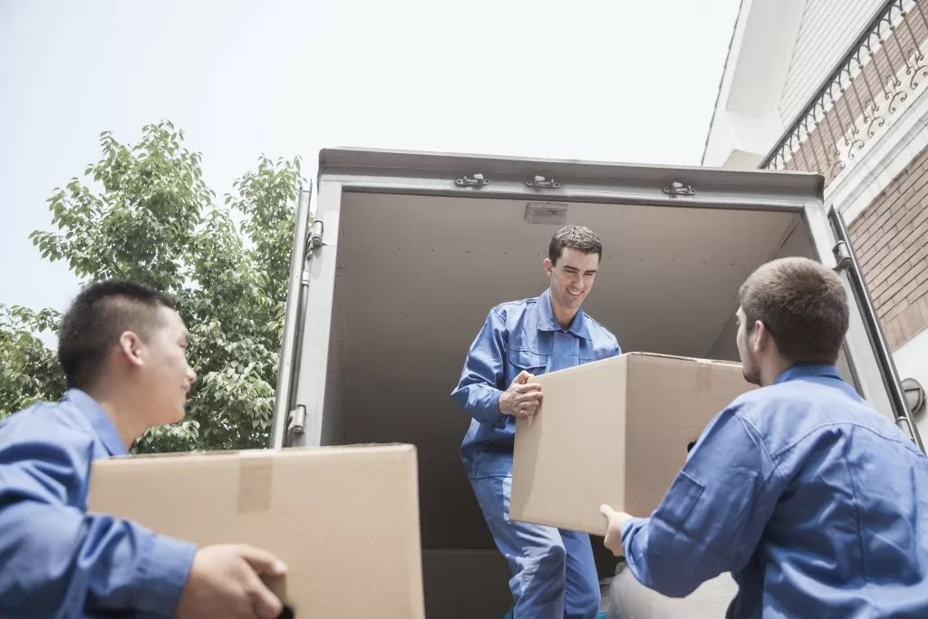 A Chicago Movers Guide to Interstate Moving