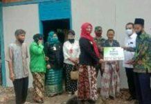 Wabup Blora Serahkan Bantuan Bedah Rumah Baznas untuk Warga Cepu