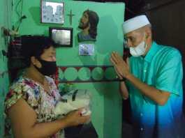 Habib Hasan Mulachela bagikan Sembako di Hari Natal