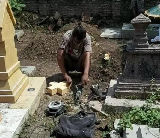 Makam-Kristen-yang-dirusak-siswa-sekolah-SD-di-Solo-1
