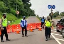 Penyekatan di Tol Pandaan-Malang Selama PPKM Darurat