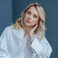 Яна Селезнева