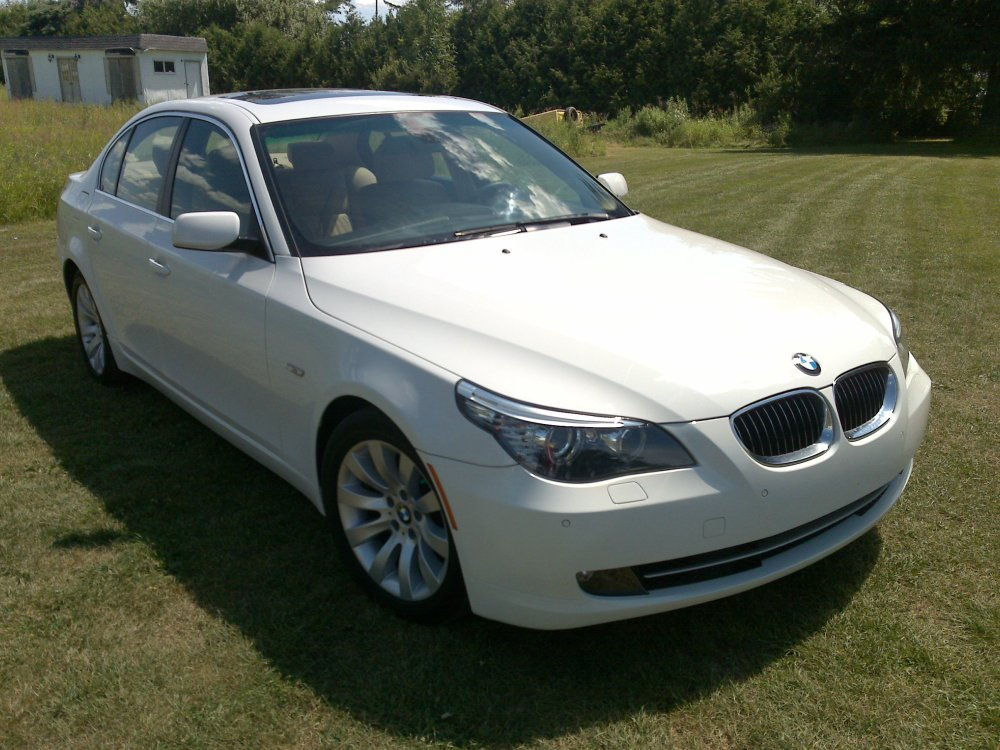 medium resolution of  2008 bmw 528i white on beige 40 000km 08172008086 jpg