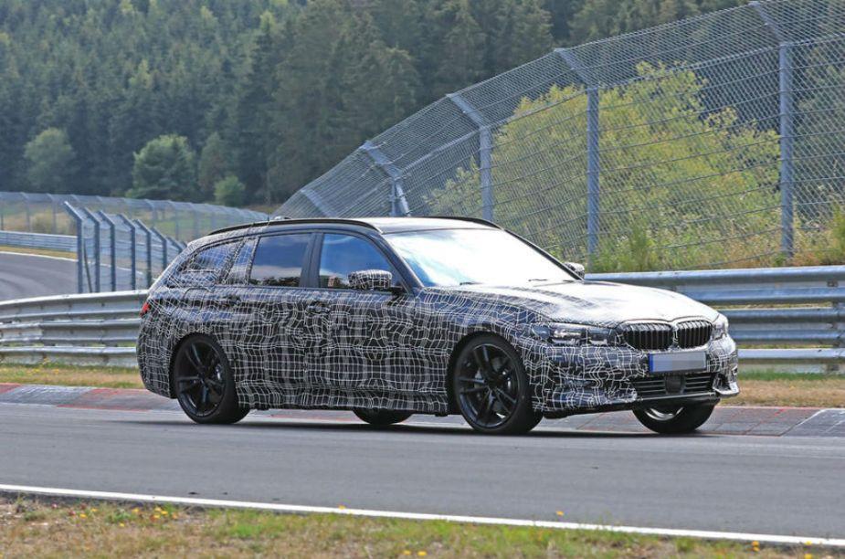 Next-Gen BMW 3 Series Touring Spy Shot