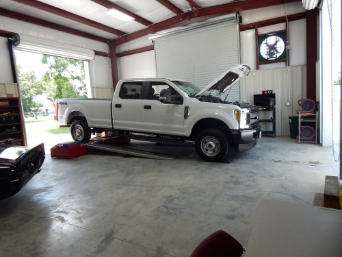 small resolution of got a 2017 6 2l v8 super duty 5 star2018 01 13t10 42 39 04 00
