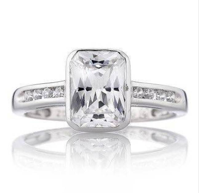 1.73 ct tw Solitaire Ring in sterling silver