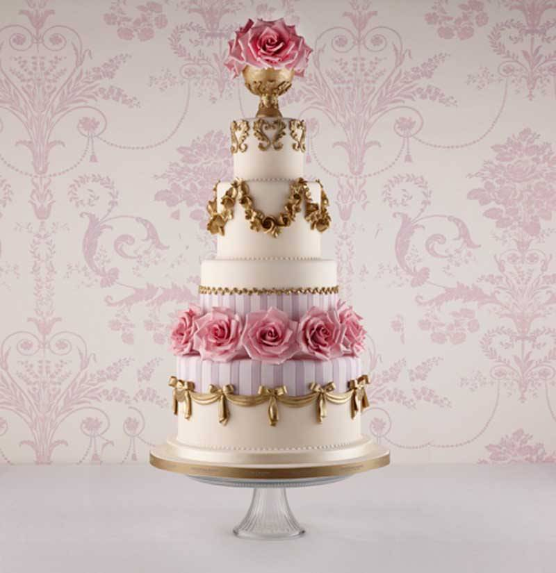 Georgian Porcelain Cake - Inspired by the Wedgwood and Jasper ware porcelain and china that was so popular with Queen Charlotte.