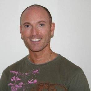 Interview: Daniel Sandler – Celebrity Makeup Artist