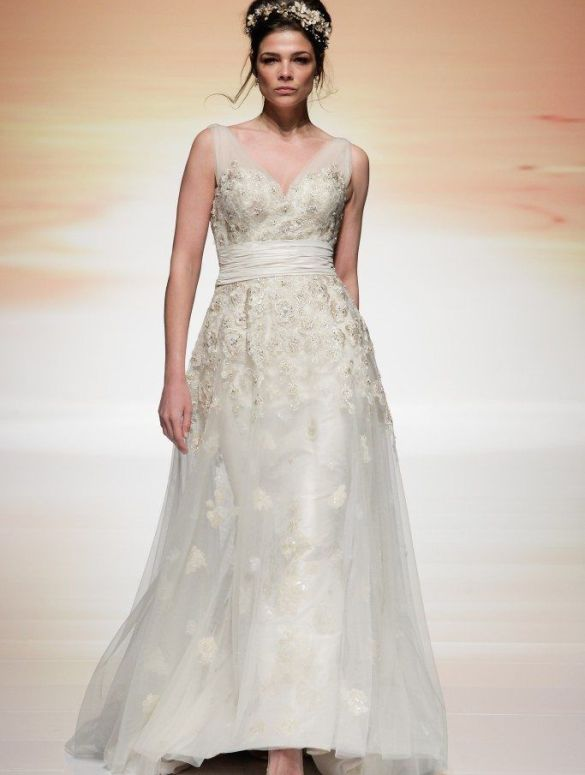 Ian Stuart's Collection Unveiled At White Gallery London 2015