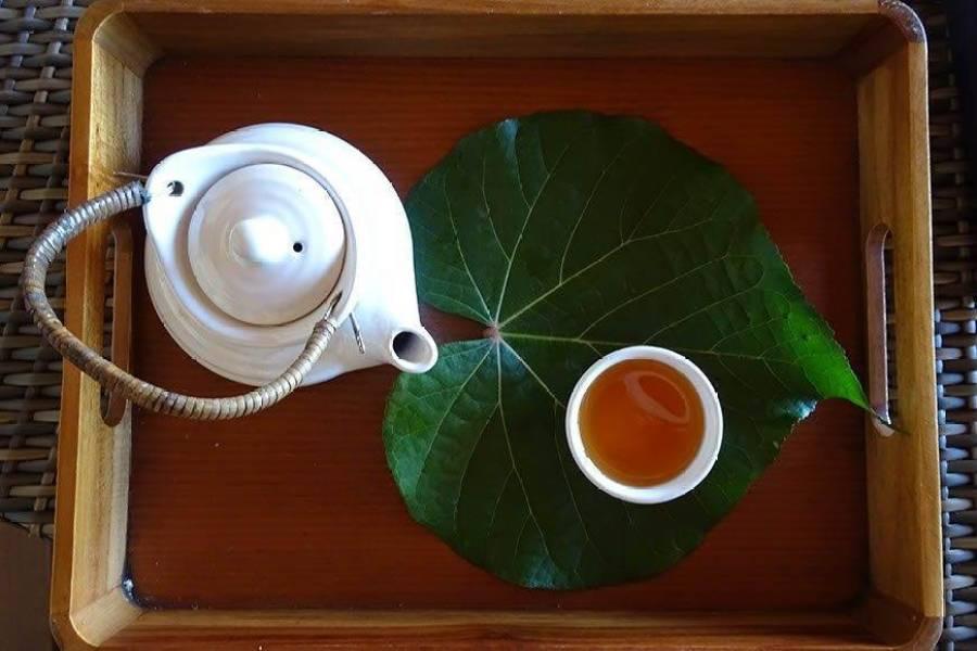 Lemongrass Tea after our massage at Duniye Spa