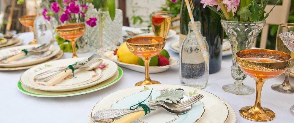 vintage-china-hire-weddings1-990x415