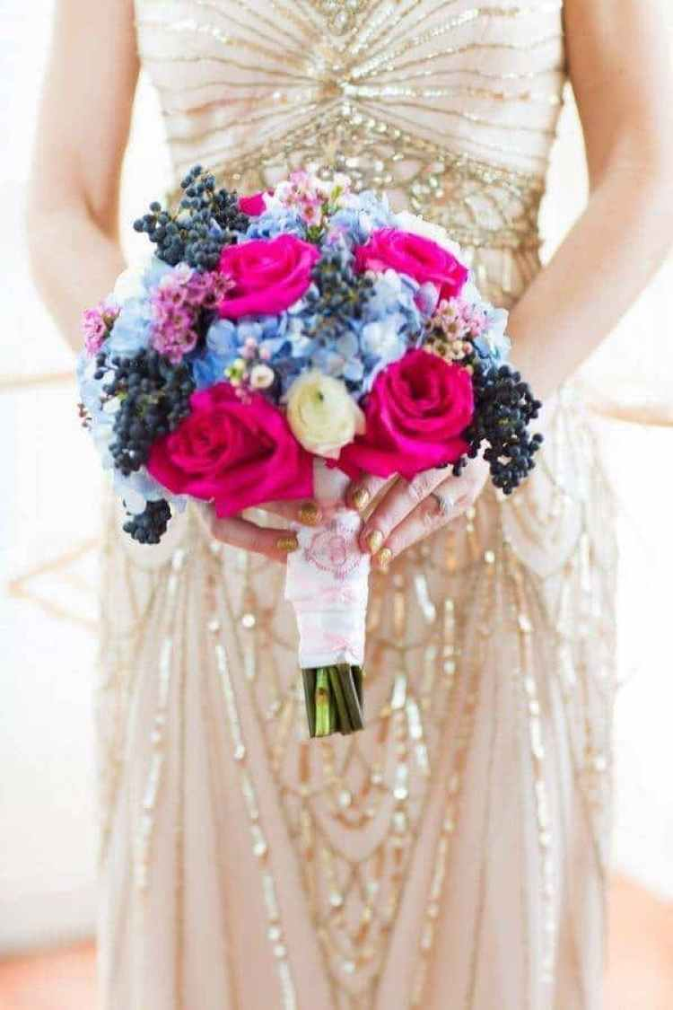 A Great Snow Sprinkled Gatsby wedding 12