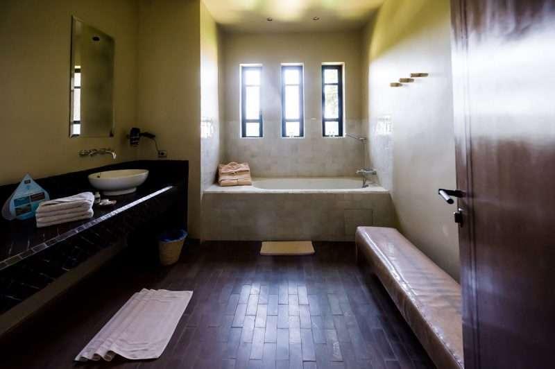 Le Palais Paysan - Bathroom - @lovexposedphotography.com