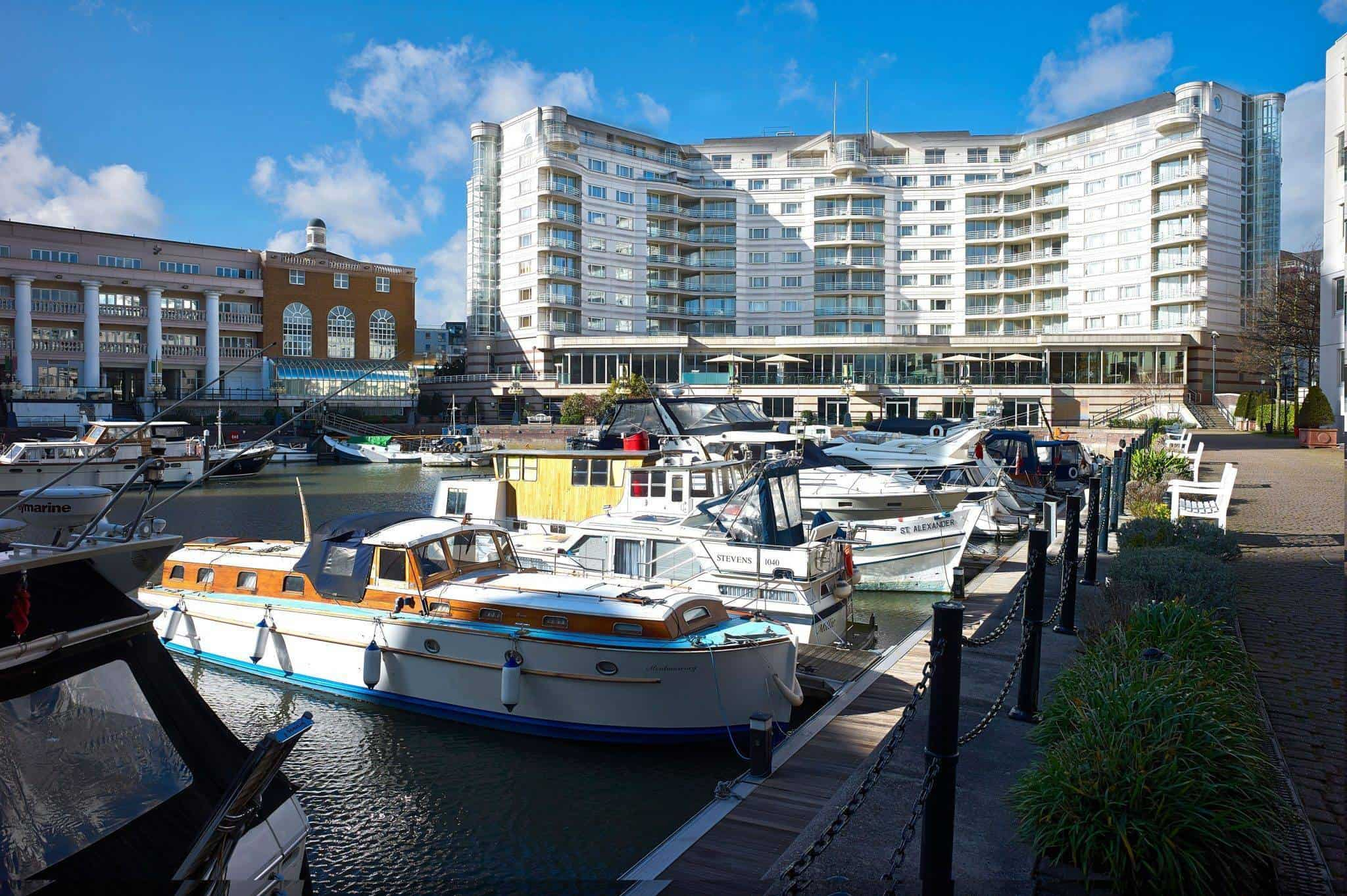 sofa shops chelsea harbour modern hotel lobby design review the 5 star weddings