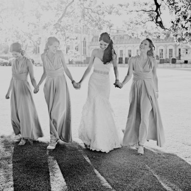 What to think about when choosing bridesmaid dresses