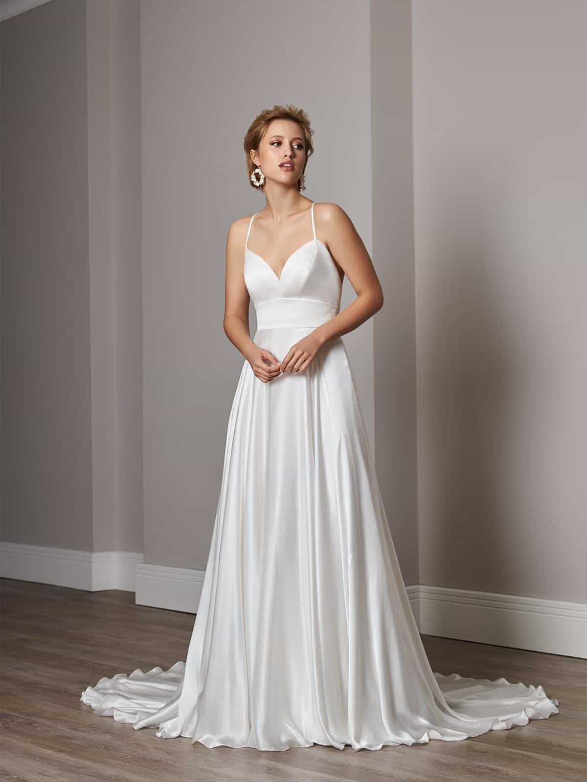 Wedding dress collection: Sassi Holford - Enamour