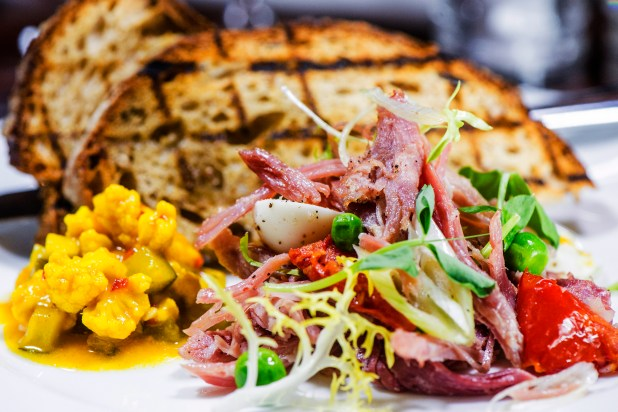 Hunter 486 Ham Hock with Piccalilli & Sourdough Toast (2)