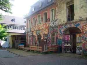 Fotograf: Lars Eggers Innenhof Exhaus Graffiti - 5VIER