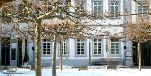 Palais Walderdorff, Dom  - 5VIER