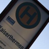 Stadtwerke Busse Haltestelle - 5VIER
