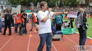 20110730 Eintracht Trier - St. Pauli, DFB Pokal, Köbi Stadionsprecher, Köbler, Foto: Anna Lena Bauer - 5VIER