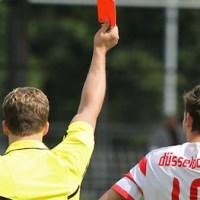 20100904 Eintracht Trier - Duesseldorf II, Regionalliga West, Fotografin: Anna Lena Bauer. Schiedrichter, rote Karte. - 5VIER