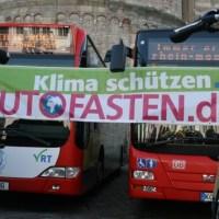 Banner auf dem Domfreihof Trier. Foto: Eva Schabbach - 5VIER