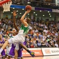 Ein schönes Basketballspiel zum Saisonfinale. (Foto: Helmut Thewalt) - 5VIER