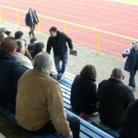 Die Fans bei der Arbeit (Foto: Stephen Weber) - 5VIER