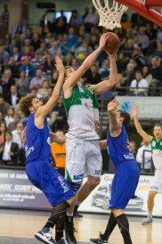 Bester Mann auf Platz: Andi Seiferth mit 19 Punkten und 8 Rebounds. Archiv-Foto: Thewalt