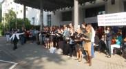 Übergabe Petition Theater Trier 8_bearbeitet - 5VIER