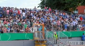 20130803 DFB-Pokal Eintracht Trier - 1.FC Koeln, Zusatztribuene, Foto: www.5vier.de - 5VIER
