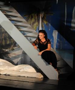 Jennifer Riedel als Tochter Gilda