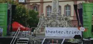 Theaterfest am Kornmarkt