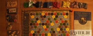Terra Mystica kommt mit einer Menge an schön gestaltetem Spielmaterial. Foto: Stephan Nestel