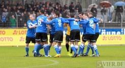 20140222 Eintracht Trier - SVN Zweibruecken, Regionalliga Suedwest, Kreis, Team, Foto: 5vier.de - 5VIER