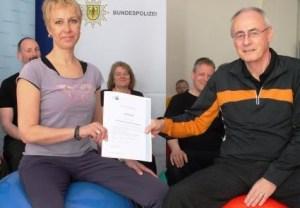 Julia Baldus und Präsident Manfred Lohrbach. Foto: Bundespolizeidirektion Koblenz
