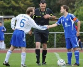 Vor zwei Jahren tauschte Sven Kohlei-rechts im Bild- das Trikot und spielt seitdem für den SV Mehring (Foto: Valentin Klas, SG Lüxem)