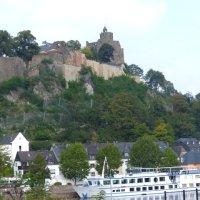Blick auf die Burg von der Altstadtbrücke aus - 5VIER