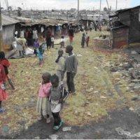 Slum Mathare in Nairobi, Kenia - 5VIER