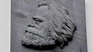 Karl Marx Literatur Textbild - 5VIER