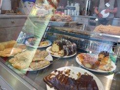 Foto: Marie Baum, Café Welcome Kuchen - 5VIER