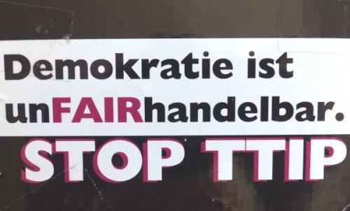 Anti-TTIP Aufkleber, Foto: Marie Baum
