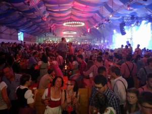 Beitrag Oktoberfest - 5VIER
