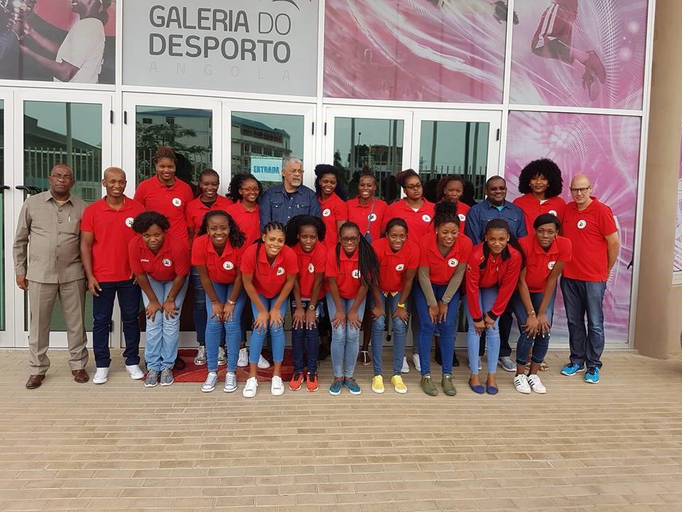 Die Frauen-Handballnationalmannschaft aus Angola