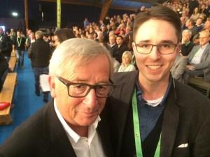 Reporter Vinzenz Anton durfte den EU-Kommissionspräsidenten Juncker am Rande eines Tennis-Finales in Kockelscheuer/Luxemburg treffen. Foto: Josef Gimbel  - 5VIER