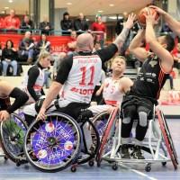 Dolphins Trier verteidigen gegen Zwickau beim Rollstuhlbasketball - Foto: Doneck Dolphins