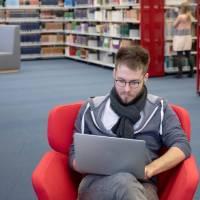 Universitätsbibliothek Trier wird digitaler